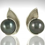 Custom Black Pearl Earrings - Morgan's Treasure - Custom Jewelry
