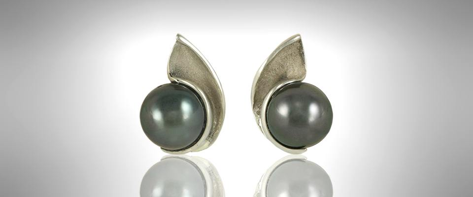 earrings_black_pearl1